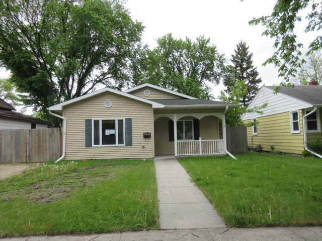 1810 5th Ave SFargo, ND, 58103Cass County